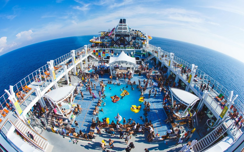"""It's the ship"", le premier festival de musique en mer d'Asie, a lieu à bord du bateau de croisière Genting Dream. ©It's the ship."
