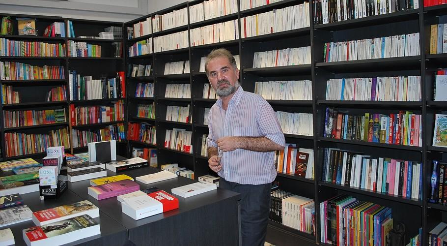 Emmanuel Brouillet, fondateur et directeur de The French Bookshop. ©Colombe Prins