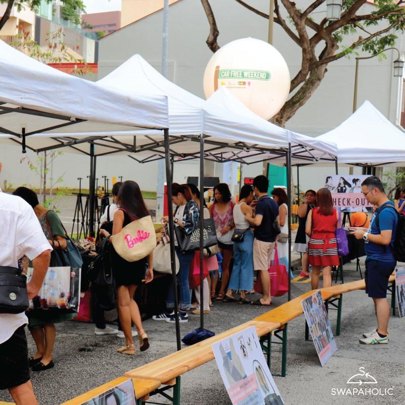 Un vide-grenier dédié aux accessoires de mode était organisé par Swapaholic, dans la rue d'Amoy Street, samedi dernier. ©Swapaholic