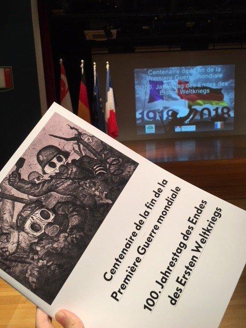 Le LFS commémore avec la German European School Singapore (GESS) le centenaire de la fin de la Première Guerre mondiale. ©Colombe Prins